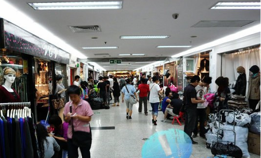 广州别的服装批发市场